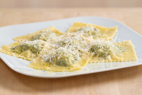 11004805 - Spinach and ricotta filled ravioli