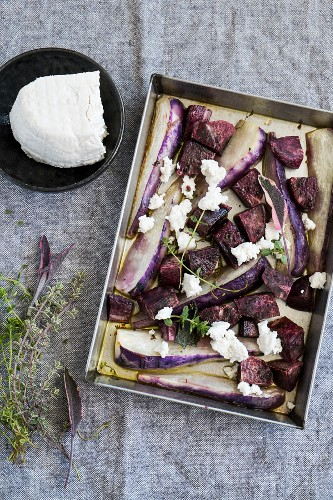 Baked potatoes and turnips violets