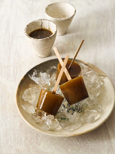 Coffee ice lollies on sticks