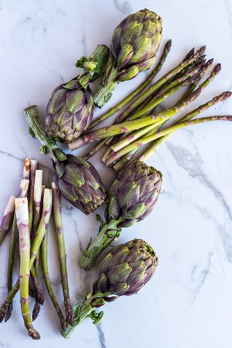 Artichokes and green asparagus