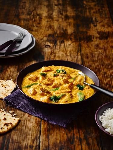 Chickern korma (chicken curry, India)