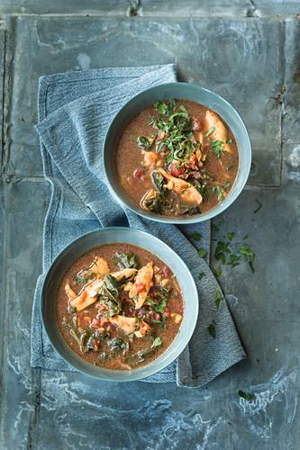 Hähnchen-Mangold-Suppe mit Orangenaroma