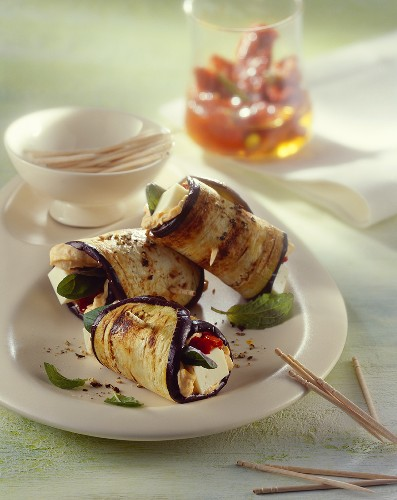 Aubergine rolls filled with sheep's cheese and spicy spread