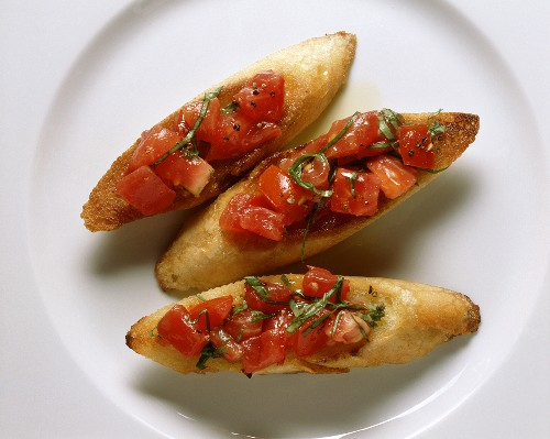 00075373         - Bruschetta (toasted bread with tomato), Tuscany, Italy