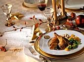 Landente mit Wirsing und Nussknöpfle auf dem Weihnachtstisch