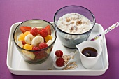 Yogurt with millet and spelt flakes and fruit