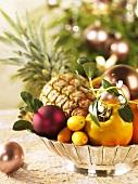 Bowl of fruit (Christmas)