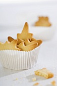 Star-shaped biscuits in paper baking case