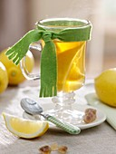 Hot lemon (cold cure)