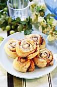 Yeasted pinwheel buns with gooseberries