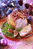 Clove-studded roast ham (Christmas)