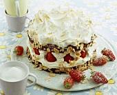 Meringue gateau with strawberries