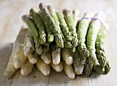 White and green spears of asparagus