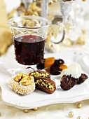 Christmas punch and date sweets