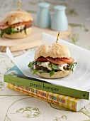Turkey burger with mozzarella, tomato and rocket