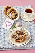 Poppy strudel with icing