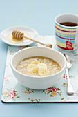 Porridge with honey and bananas