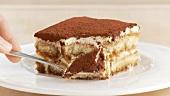 Tiramisù (layered dessert with mascarpone and cocoa, Italy)