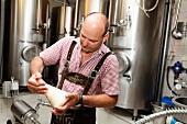 A brewer de-carbonating beer