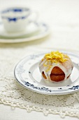 Cupcake with lemon icing
