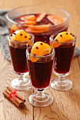 Mulled wine with orange and cloves