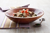 Barley salad with courgettes and olives