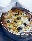 Apple cake with prunes