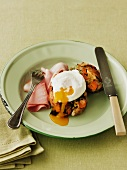Bubble and squeak with ham and a fried egg