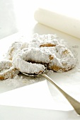 Pastissets (Spanish biscuits dusted with icing sugar)