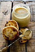 Honey spread with tahini