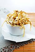 Chips with garlic mayonnaise