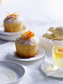 Cakes with lemon syrup