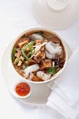 Rice noodle soup with braised tofu