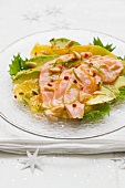 Salmon with citrus fruits and avocado (Christmassy)