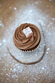 Chocolate cupcake with Turkish honey