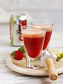Strawberry and lime cola