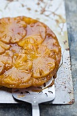Tarte tatin with pineapple