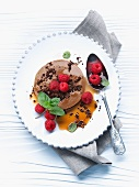 Mocha pudding with raspberries