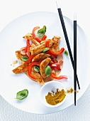 Chicken strips with peppers and curry (Asia)
