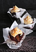 Cupcakes with a caramel core