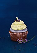Lavender Cupcake with Vanilla Lemon Marshmallow Topping