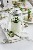 Yoghurt dressing for a mixed leaf salad