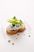Cream cheese & apple crostini