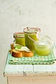Green apple jelly
