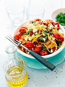 Spaghetti with tomatoes and feta cheese