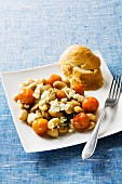 White bean salad with tomatoes and feta