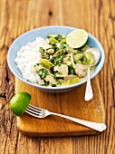 Green asparagus ragout with chicken, limes and rice