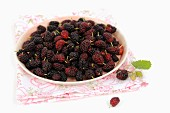 A bowl of mulberries
