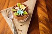 A flower pot cupcake