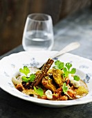 Chicken breast with raisins and cashew nuts